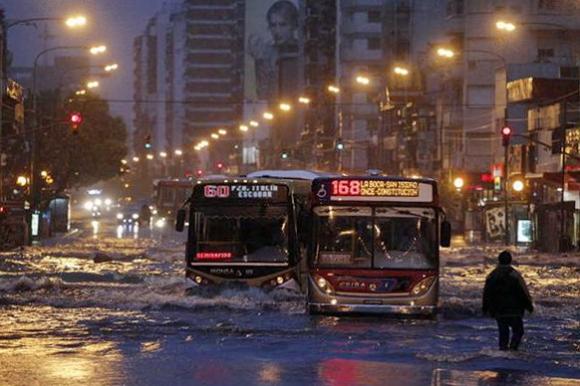 diluvio-en-buenos-aires-1612330w615.jpg