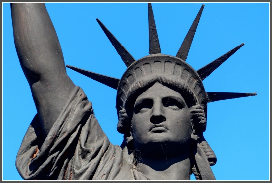 statue de la liberte buenos aires 4.JPG