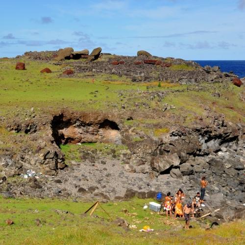 moai renversés ile de paques_11.JPG