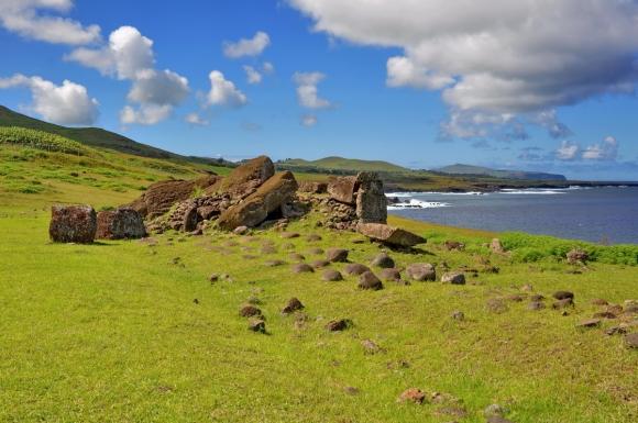 moai renversés ile de paques_08.jpg
