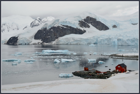 Baie Paradis Base argentine Brown _16.JPG